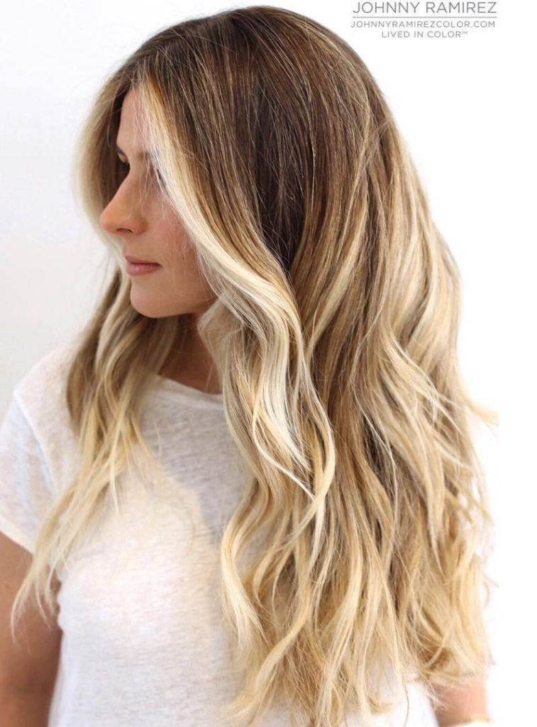 BLONDE BALAYAGE HIGHLIGHTS FOR BROWN HAIR