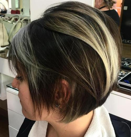 BROWN BOB WITH BLONDE BALAYAGE FOR THIN HAIR
