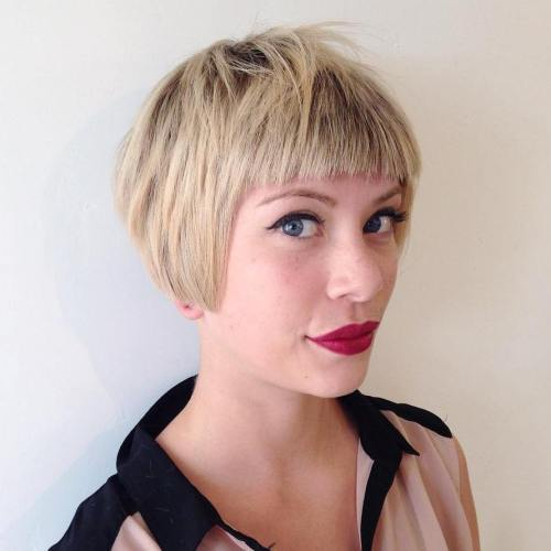 CROPPED LAYERED BOB WITH BANGS