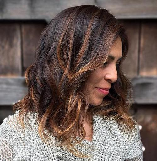 Hairstyles for Women Over 40 Curled and colored
