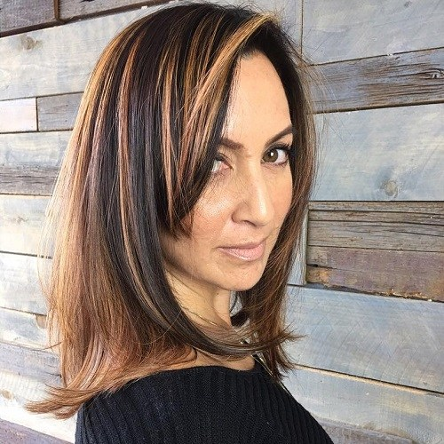Hairstyles for Women Over 40 Sassy Side Bang