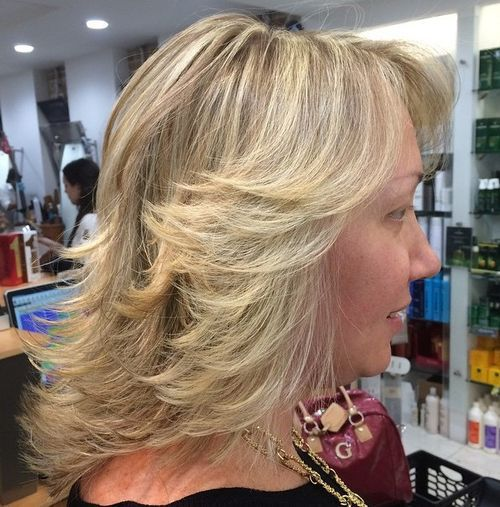 Hairstyles for Women Over 40 Shoulder Length Beauty