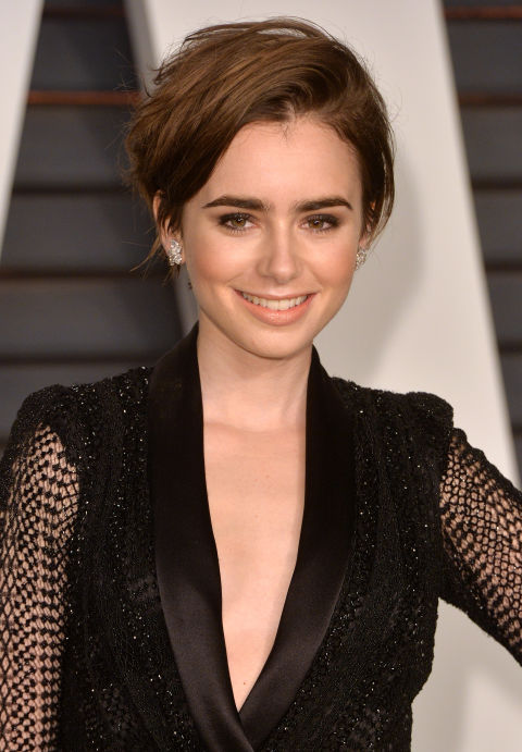 LILY COLLINS' GROWN-OUT BANGS