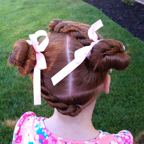 LITTLE GIRLS TWISTS AND KNOTS HAIRSTYLE