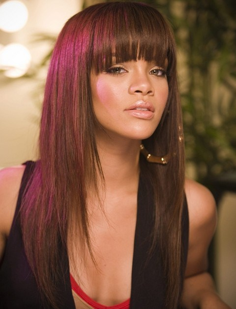 Rihanna Long Hairstyles Lovely Layered Haircut With Blunt Bangs