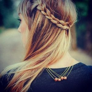 SIMPLE BACK-WRAPPING BRAID