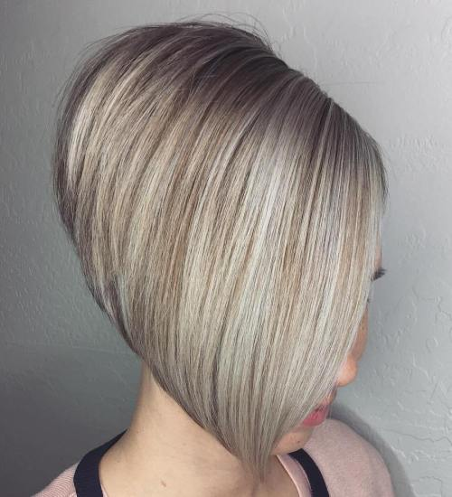 STACKED BLONDE BOB FOR STRAIGHT HAIR