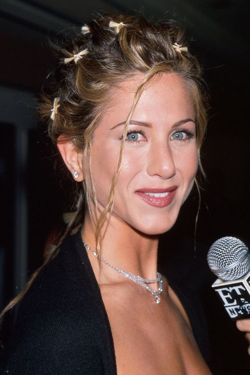 Jennifer Aniston hairstyles 1998
