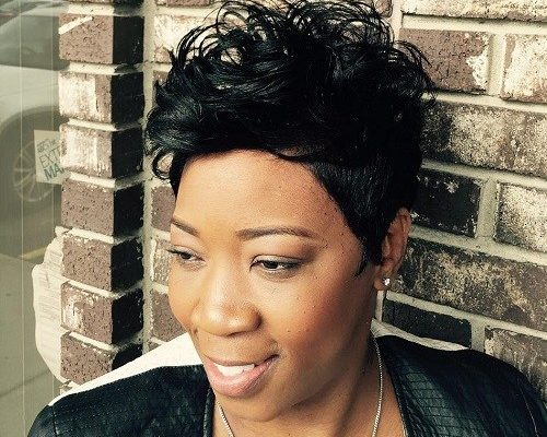 AFRICAN AMERICAN SHORT MESSY HAIRSTYLE