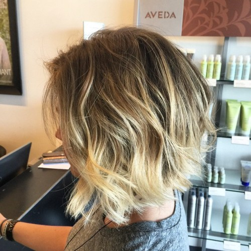 BROWN TO BLONDE MESSY OMBRE BOB