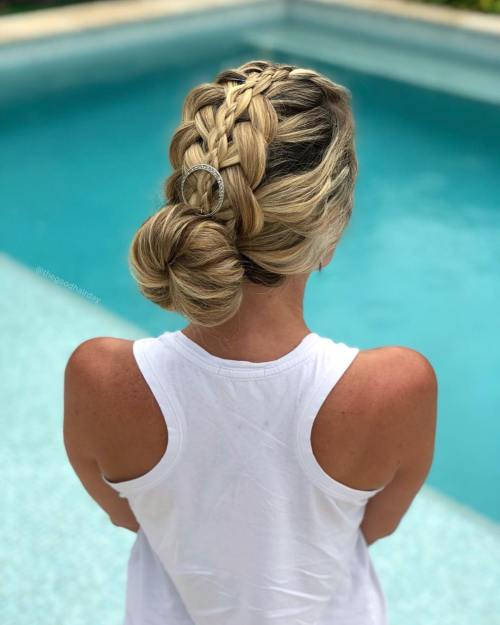 Braided donut bun