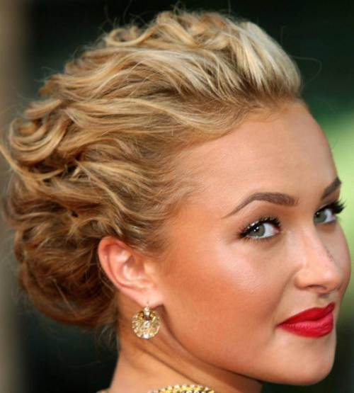CHARMING WEDDING HAIRSTYLE FOR SHORT HAIR