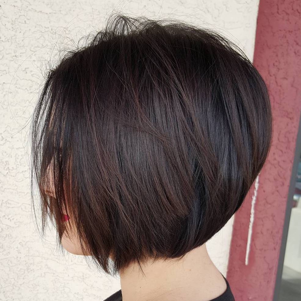 Chinlength brown layered bob