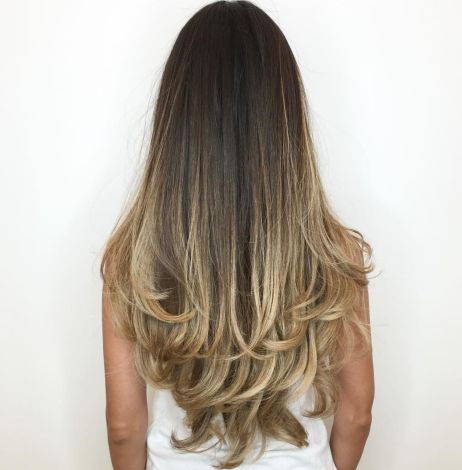 Extra long balayage hairstyle with layered ends