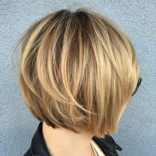 Honey blonde layered bob