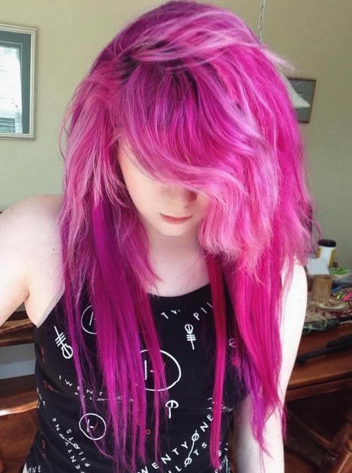 LONG FUCHSIA EMO HAIR
