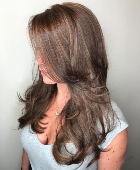 Long hairstyle with face framing layers