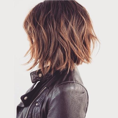 SHAGGY MEDIUM LENGTH BOB