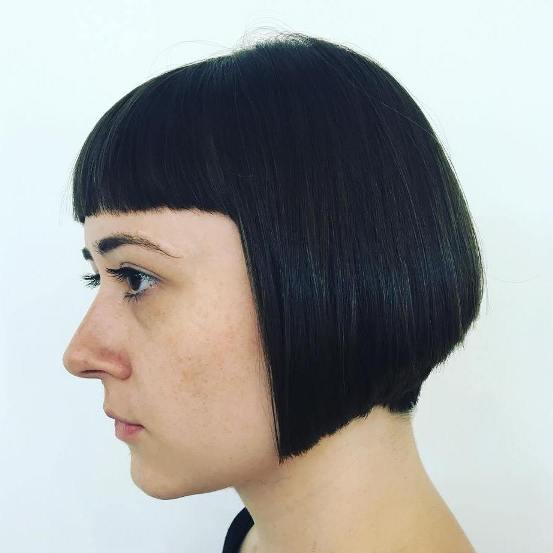 SHORT BLACK BOB WITH CROPPED BANGS