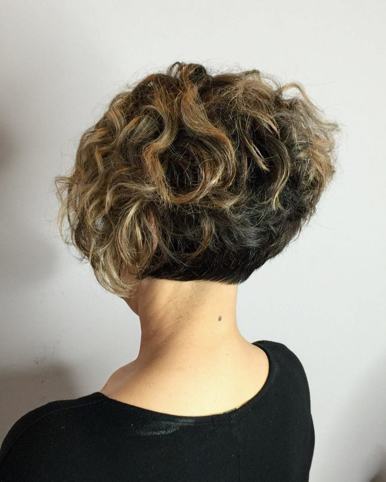 SHORT BOB FOR CURLY HAIR