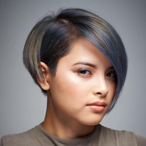SHORT BOB WITH HIGHLIGHTS