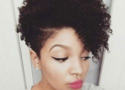 Short Natural hairstyle for black women