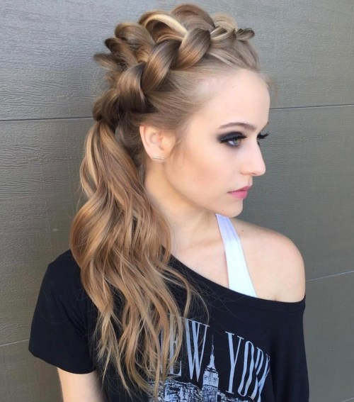 Side wavy ponytail with a lace braid