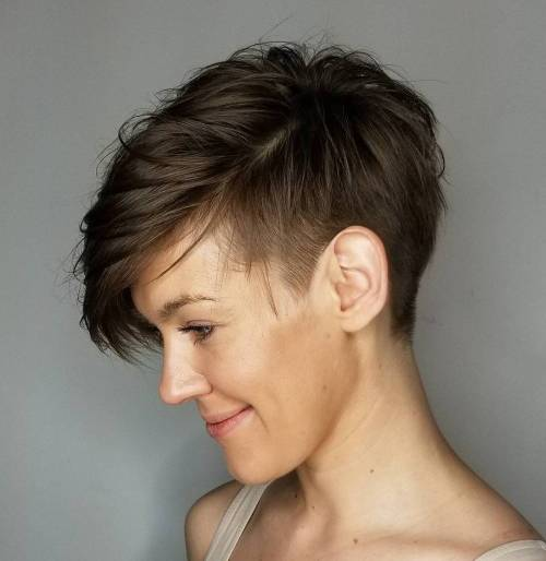 Soft sideswept shaved cut