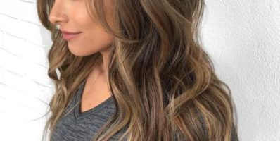 Brunette hair with light brown highlights