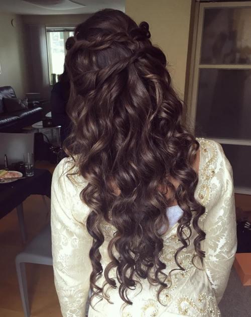 Brunette mermaid waves