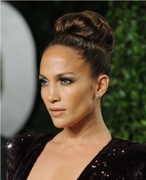 jennifer lopez Sky High Bun