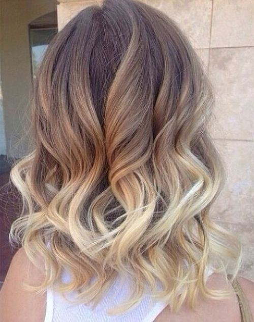 Tri Color Graduated Hairstyle for medium Curly hair
