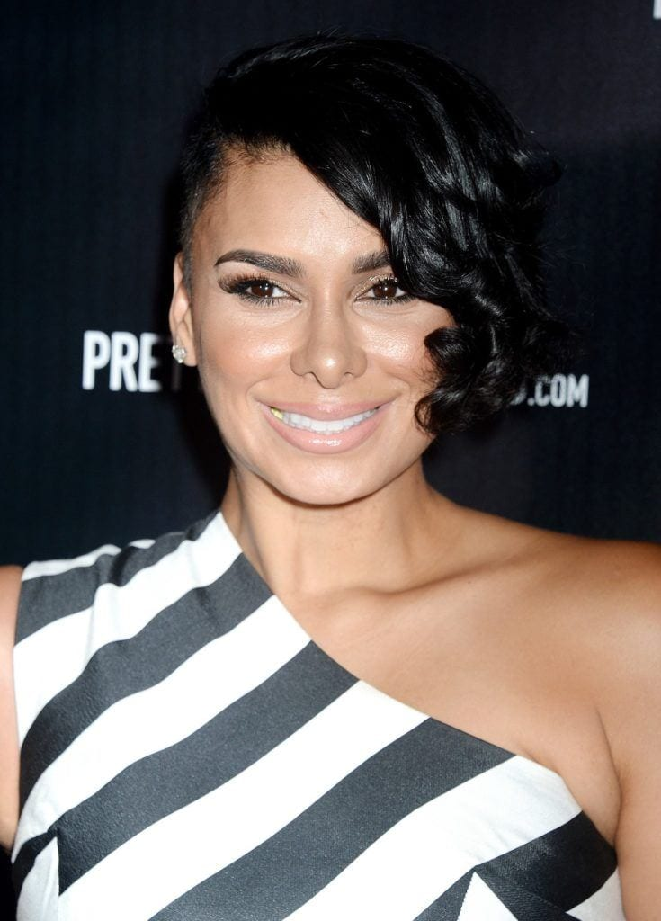 laura govan short curly haircuts for round faces