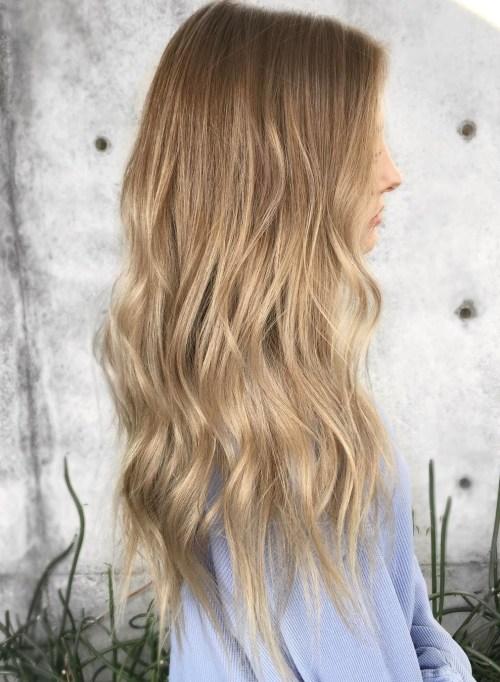 Subtle brown blonde ombre hair