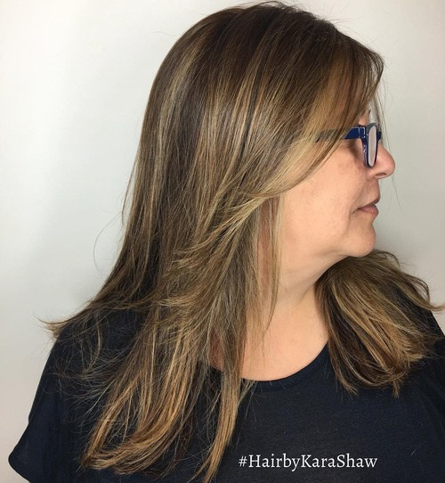 Medium brown blonde layered hairstyle